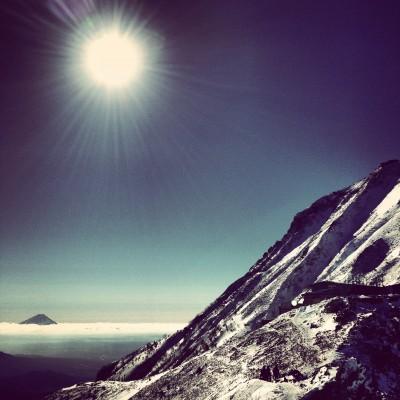 太陽、赤岳、富士山