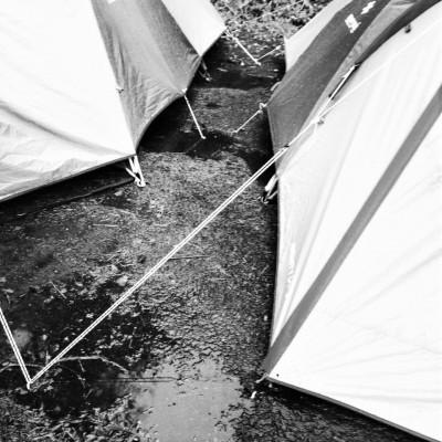 キャンプに行けば水没…