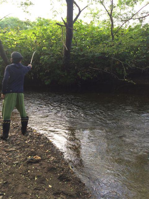 ちょっと時間ができたので釣りごっこもしました(ごっこですよ) 来年こそは・・・(たくみくんよろしく!)