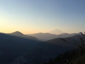 夕方の富士山は神々しく、美しいですね。