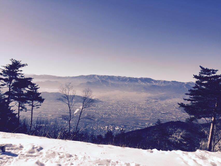 太郎山山頂より