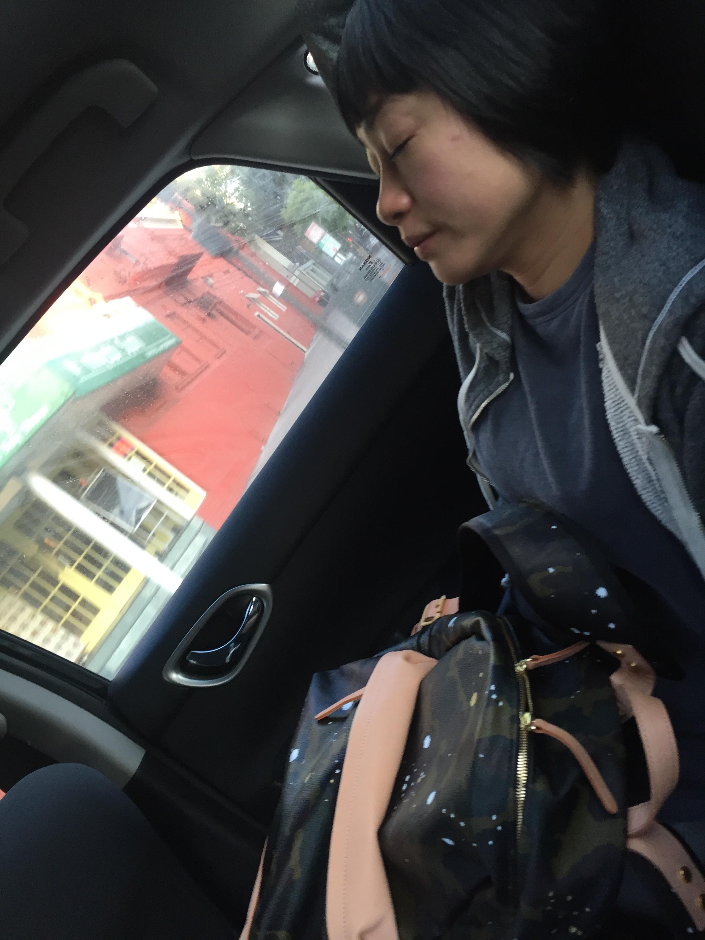 アメリカではUBERがないとやばいね。東京にいるとタクシーはすぐつかまるけど。